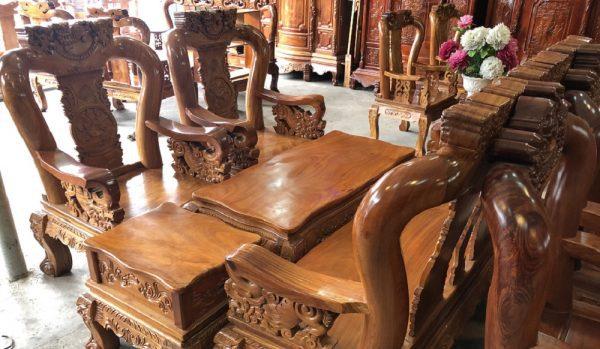 Salon tay 12 gỗ gõ đỏ Việt Nam mặt dày nguyên tấm 4cm