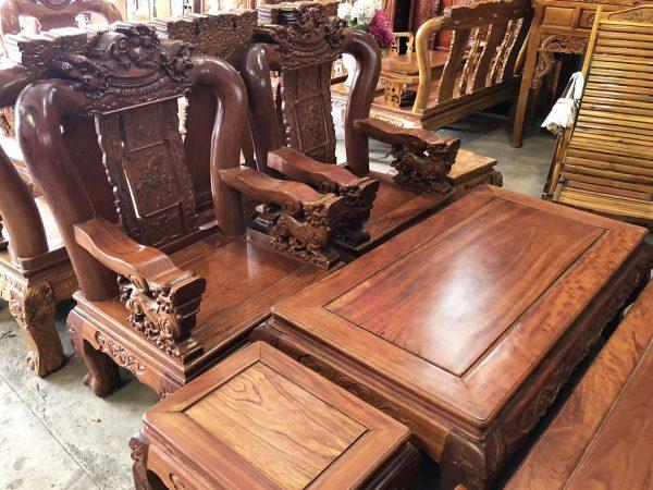 Bộ salon gỗ cẩm lai tay 12 chạm nghê SA012 (6 món)