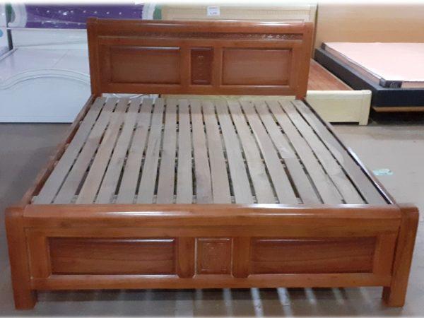 Giường gỗ xoan đào Gia Lai GI005 (1m6 x 2m)