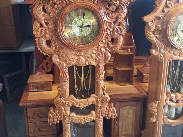 Đồng hồ rồng lớn gỗ hương 2,07m