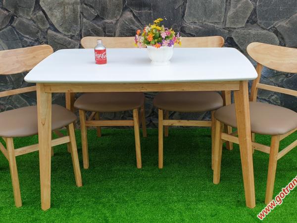 Bộ bàn ghế ăn gỗ cao su 4 ghế cao cấp BA010 (3)