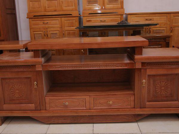 Kệ tivi gỗ xoan đào kiểu nhô 2 hộc kéo 1m6 - 1m8(4)