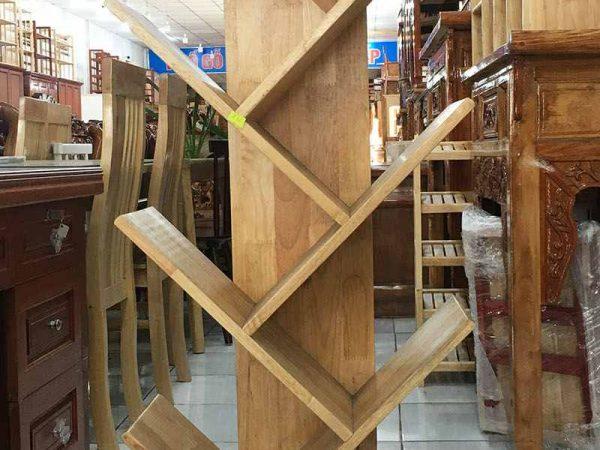 Kệ sách gỗ cao su kiểu xương cá 9 tay KS025 (2)