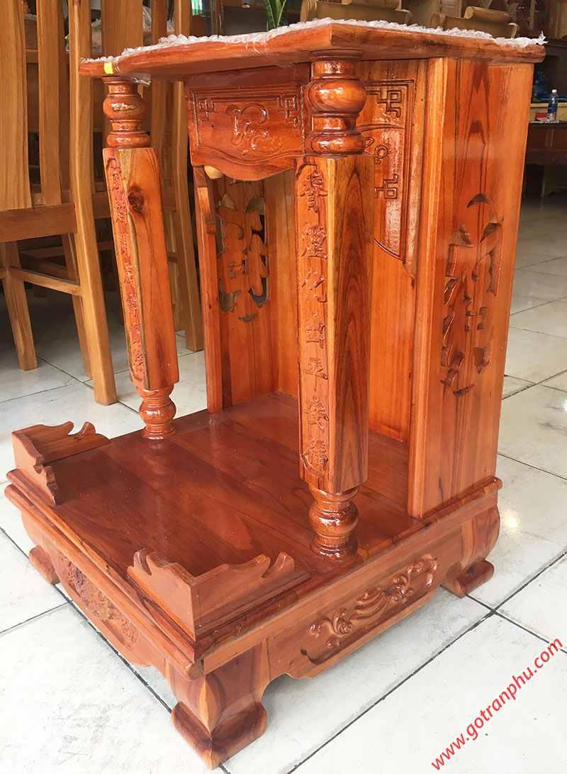 Trang thờ gỗ xoan đào trụ vuông không đèn (1)