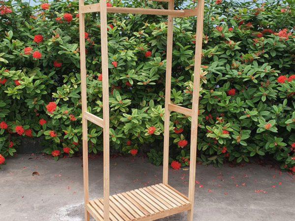 Kệ treo quần áo 1 buồng gỗ cao su (1)