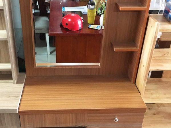 Bàn trang điểm gỗ Melanine gương hộc mở BT026 (3)