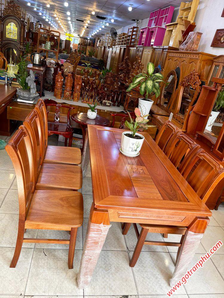 Bộ bàn ăn gỗ Xoan Đào kẻ 6 ghế 1m6 BA047 (1)